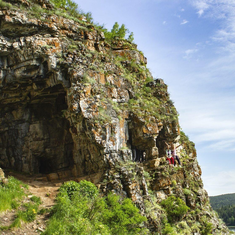 Однодневный тур на Лимоновский гребень и в Идрисовскую пещеру